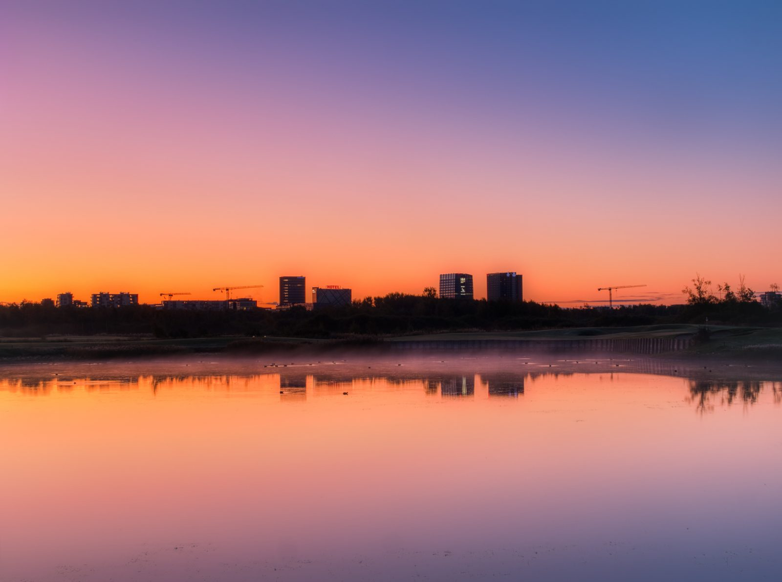 Ørestad at sunrise, fall 2019, by Ørestad based photographer Stefan Grage