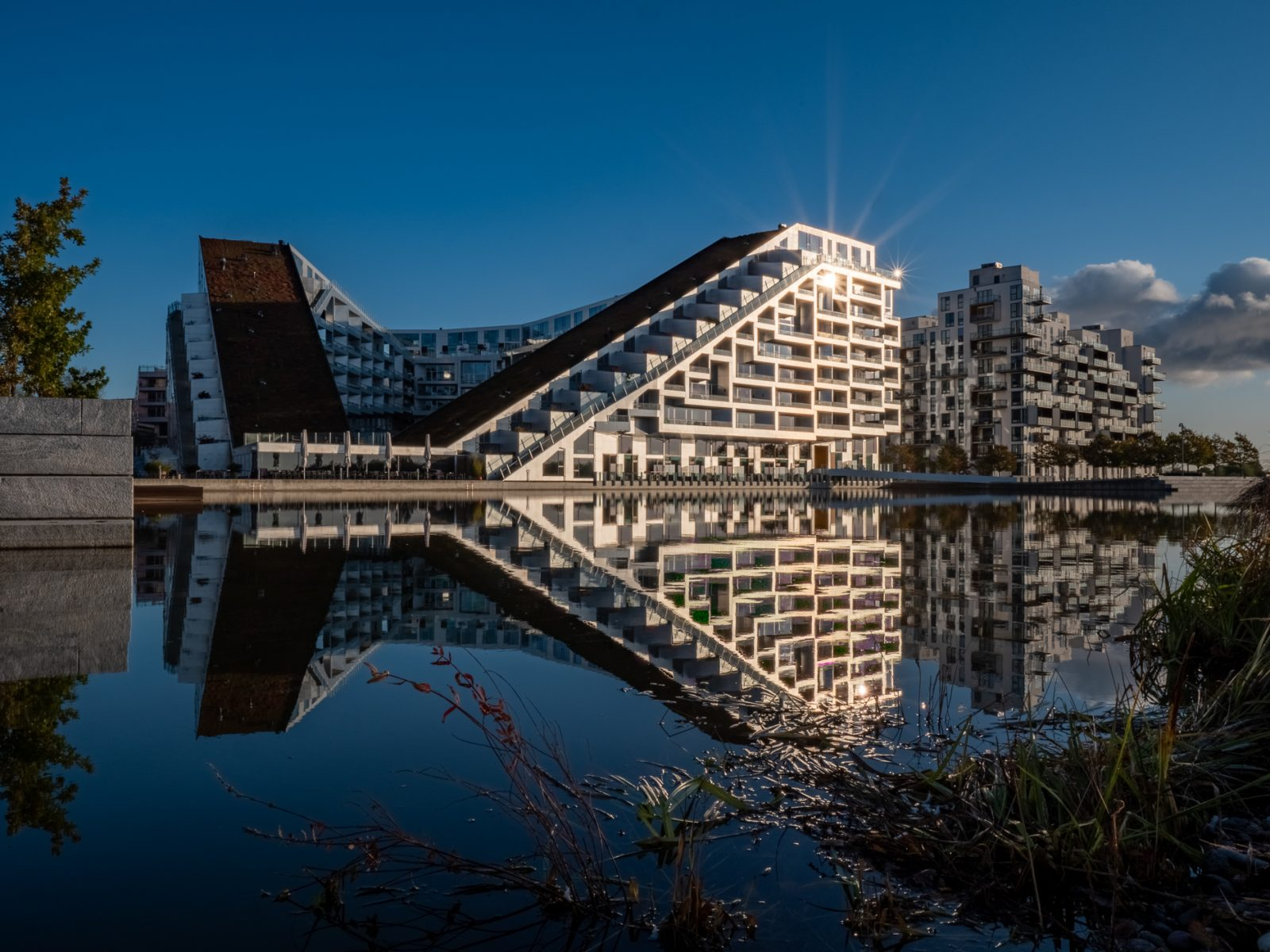 8-tallet by architect Bjarke Ingells, fall 2019, by Ørestad based photographer Stefan Grage